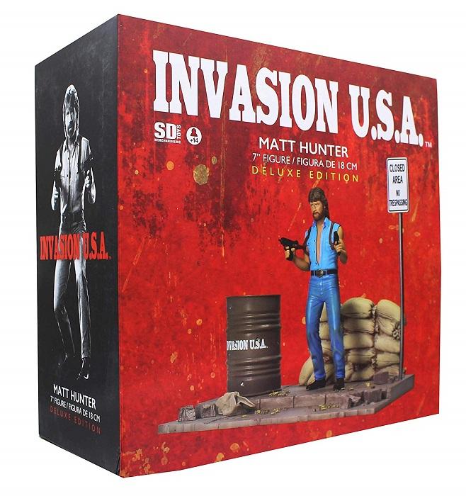 CHUCK NORRIS - INVASION USA -  Statua in PVC 18cm Matt Hunter con Diorama - SD Toys Figure